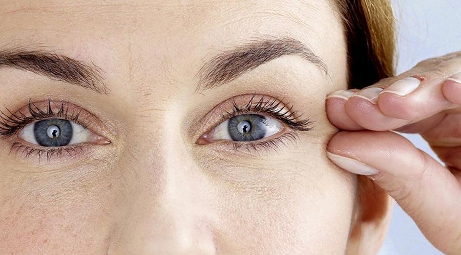 Nguyên nhân vì sao đôi mắt bị lão hóa sớm